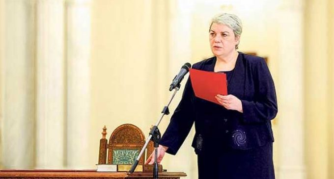 Romania gets first female prime minister