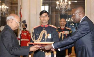 Mr. Andre Poh, Ambassador-designate of Republic of Congo presenting his credential to the President of India, Shri Ram Nath Kovind