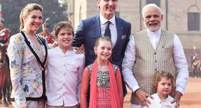 Modi greets Trudeau with hug at ceremonial reception