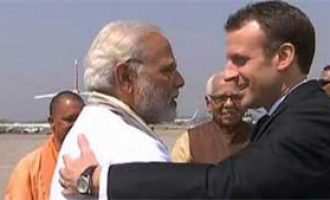 Modi receives Macron in Varanasi