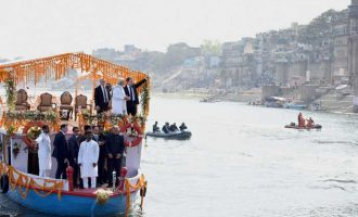 Prime Minister, Narendra Modi and the President of the French Republic, Emmanuel Macron take a boat ride