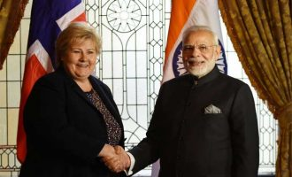 Prime Minister, Shri Narendra Modi meeting the Prime Minister of Norway, Ms. Erna Solberg
