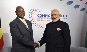 The Prime Minister, Shri Narendra Modi meeting the President of Uganda, Mr. Yoweri Museveni