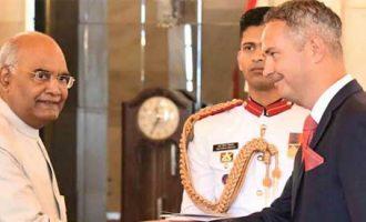 The Ambassador-designate of the Republic of Lithuania, Julius Pranevicius, presenting his credentials to the President, Ram Nath Kovind