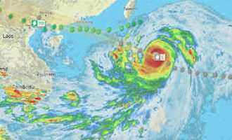 Super typhoon Mangkhut makes landfall into Philippines