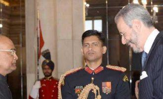 Andre Aranha Correa Do Lago, Ambassador-designate of the Federative Republic of Brazil presenting his credentials to the President of India, Ram Nath Kovind