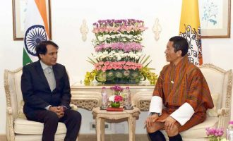 Minister for Commerce & Industry and Civil Aviation, Suresh Prabhakar Prabhu calling on the Prime Minister of Bhutan, Dr. Lotay Tshering