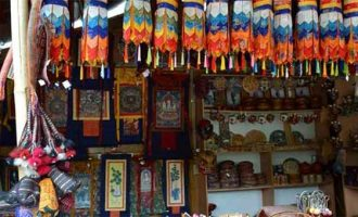 Example of 'craft diplomacy', Indonesian envoy opens Delhi's crafts bazaar