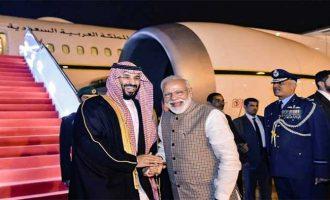 Saudi Crown Prince arrives in India, Modi receives him
