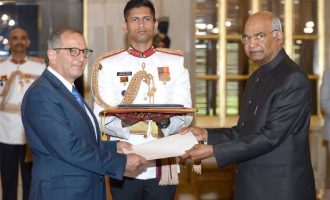 The Ambassador-designate of Mexico, Federico Salas Lotfe presenting his credentials to the President, Ram Nath Kovind