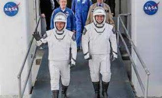 NASA, SpaceX postpone historic astronauts launch
