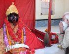 PM Modi offers prayers at Kali temple in Bangladesh