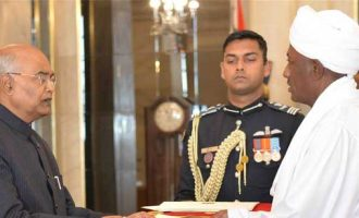 Ambassador-designate of the Republic of Sudan, Ahmed Yousif Mohamed Elsiddig presenting his credential to the President of India, Ram Nath Kovind